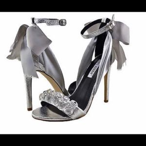 Fun and sparkly gray/silver heels